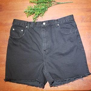 Bill Blass Vintage High Waisted Denim Shorts Black